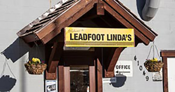 Leadfoot Linda's exterior